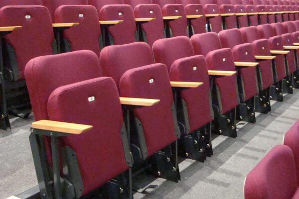 raked theatre seating